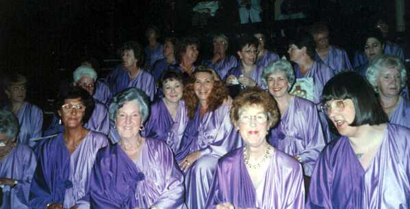 Picture of some of the Ladies wearing the purple chitons