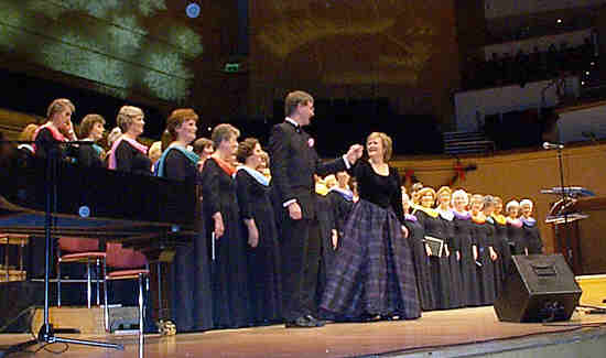 Picture of choir at 1999 Christmas Concert